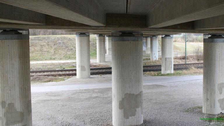 Lagerarten und Lagerkräfte: Brückenpfeiler